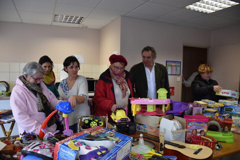 Graine durable de solidarité : donner les invendus à la fin des Bourses aux jouets