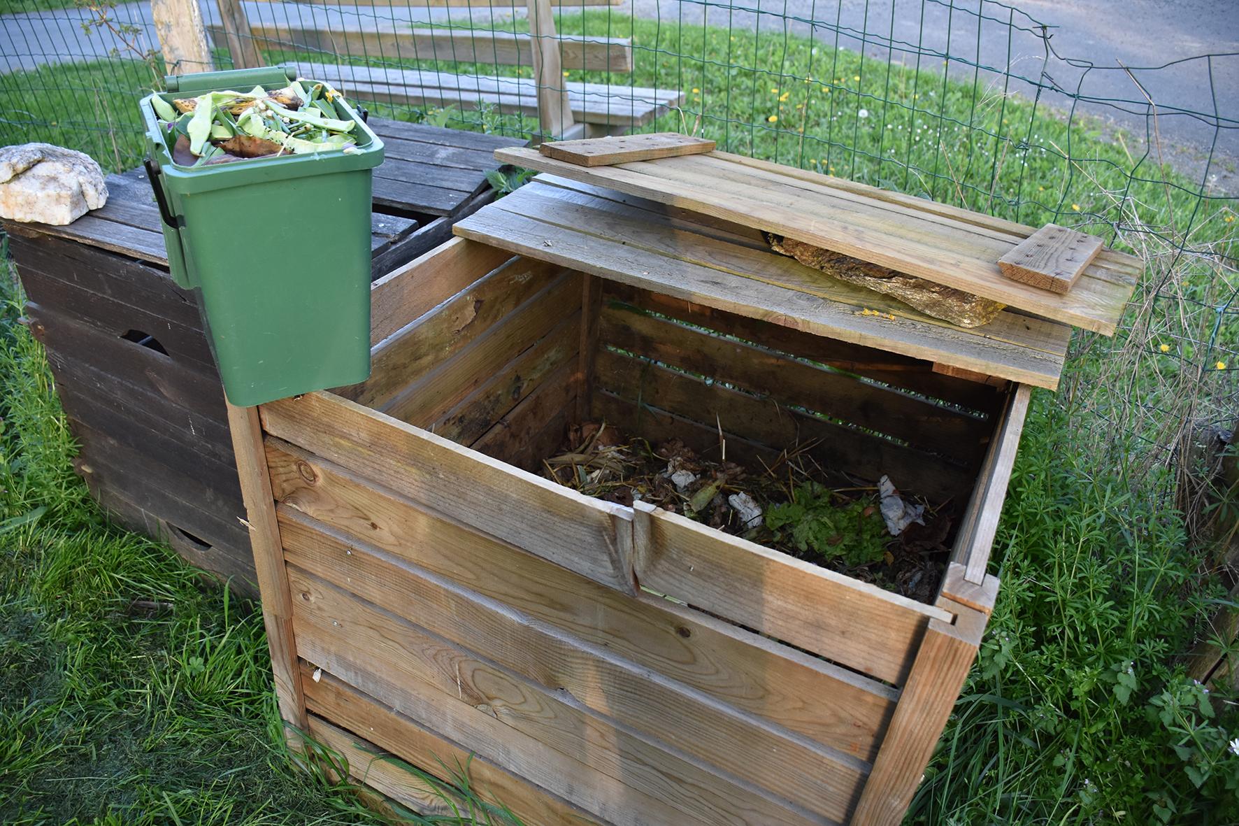 Fabriquer Un Composteur Avec Des Palettes où trouver le matériel de compostage ? - sytec