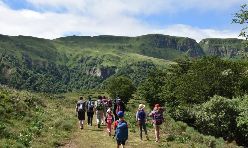 Sortie Nature Col de Serre : les enfants à la découverte de la faune et de flore de la montagne
